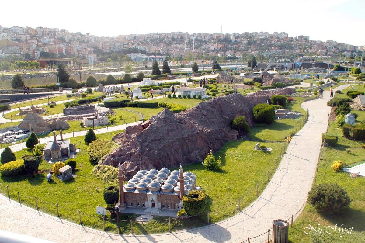 miniature park